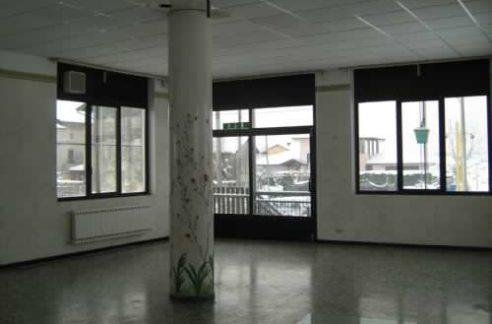 immobile commerciale e residenziale vendita legnano centro