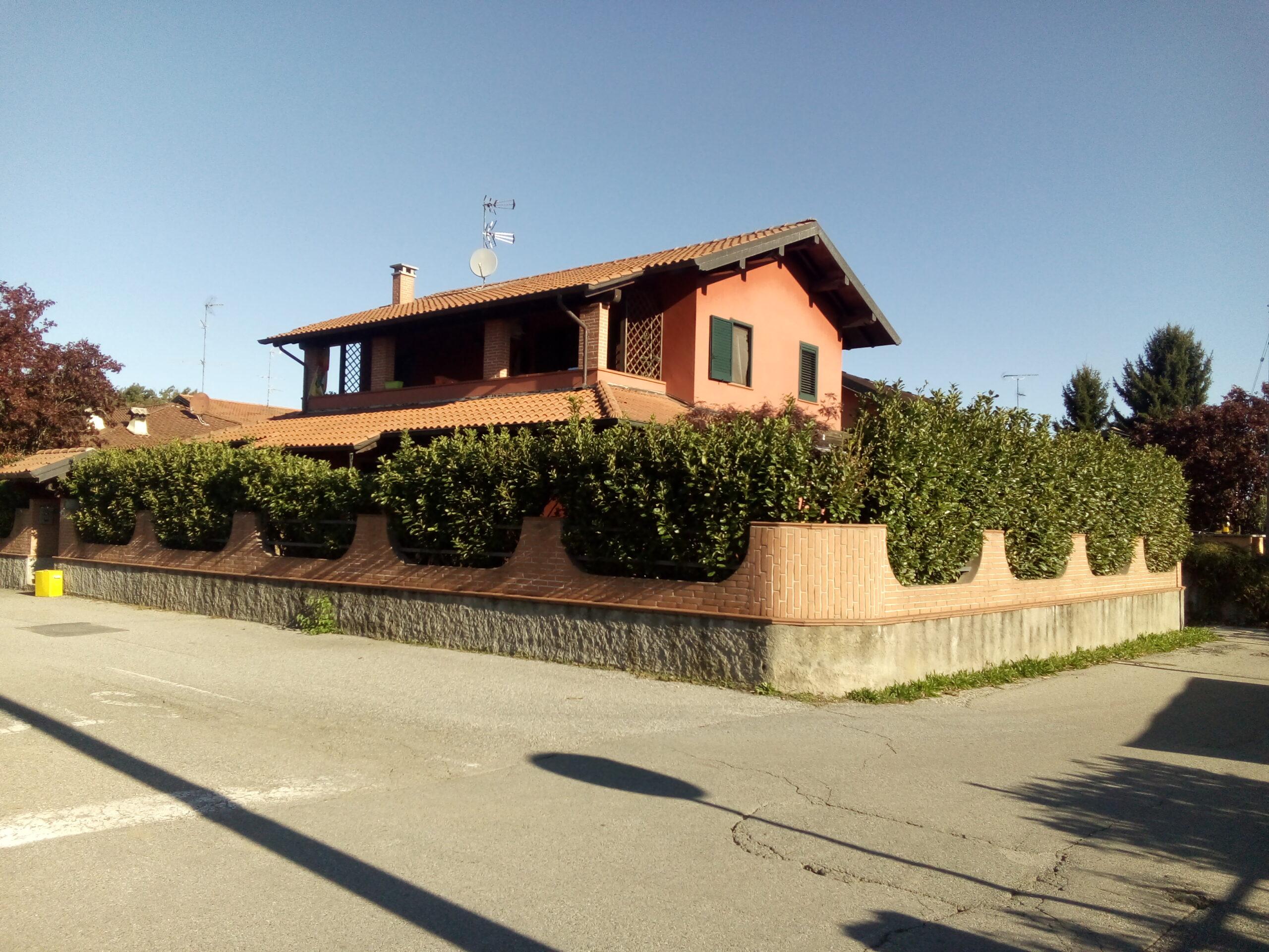 Villa unifamiliare giardino ristrutturata