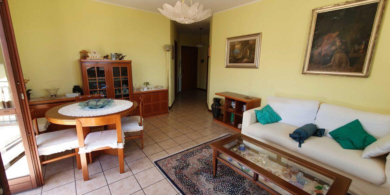 Appartamento via Minazza 9 Meina lite_page-0011