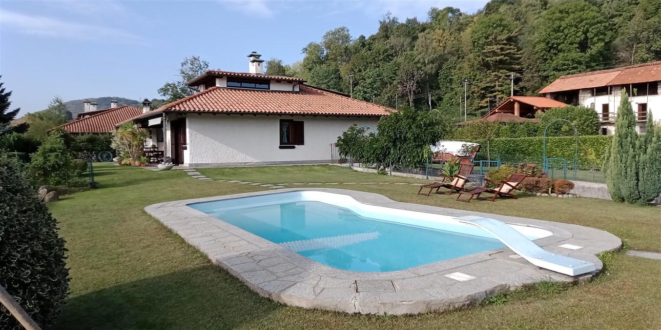 Villa singola piscina giardino